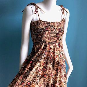 1970s Vintage Summer Batik Print Dress Smocked Top